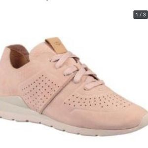 Women's UGG light pink sneaker